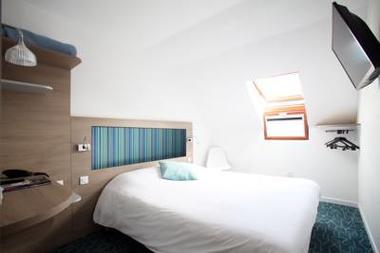 HOTEL REVOTEL